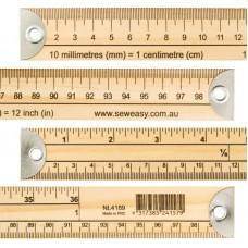 Метр деревянный бытовой с градацией в сантиметрах и дюймах